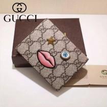 GUCCI 431398-2 輕便實用刺繡嘴巴櫻花粉配PVC兩折零錢包卡包
