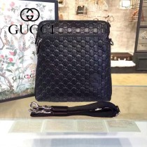 Gucci 854364-02 專櫃時尚新款GUCCI男士全皮經典郵差包