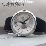 CK-019-2 潮流百搭黑色配白底原單30米生活防水瑞士石英腕錶
