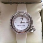 Van Cleef&Arpels-01-04 梵克雅寶charms系列小號瑞士石英機女士腕表