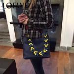 LOEWE 016-02 專櫃時尚新款Bucket bag系列頂級進口原版柔軟小牛皮單肩包