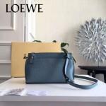 LOEWE 026-07 專櫃時尚新款進口原版小牛皮斜跨小包