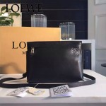 LOEWE 026-02 專櫃時尚新款進口原版小牛皮斜跨小包