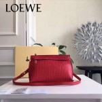 LOEWE 026-06 專櫃時尚新款進口原版小牛皮斜跨小包