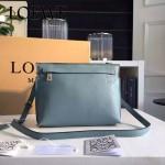 LOEWE 026-04 專櫃時尚新款進口原版小牛皮斜跨小包