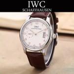 IWC-082-4 型男必備閃亮銀配白底經典兩針半進口石英腕錶