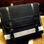BURBERRY-0212 專櫃時尚新款進口牛皮配黃麻棉布男士斜背包郵差包