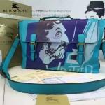 Burberry-0215-01 專櫃時尚新款印花工藝小牛皮英倫學院風斜背包