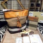 Burberry-0201 時尚流蘇版新款宋智孝同款原版進口荔枝紋水桶包