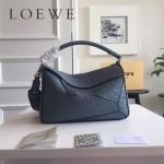 LOEWE 0160-012 專櫃時尚新款Puzzle Bag壓花系列原版小牛皮手提單肩包