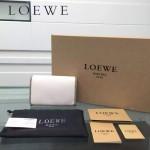 LOEWE 0132-05 人氣熱銷進口原版牛皮多卡位多隔層超大空間短夾錢包