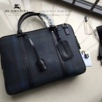 BURBERRY-0248 專櫃時尚新款兰色黑格子意大利進口皮配PVC男士手拎斜挎包