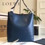 LOEWE 0250 潮流時尚新款Asymmetric bag系列進口原版細紋牛皮大號水桶包