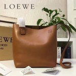 LOEWE 0238-01 潮流時尚新款Asymmetric bag系列進口原版細紋牛皮小號水桶包