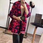 Lvaaa.tw-01 巴寶莉冬季保暖女士彩須羊毛拉絨長款圍巾