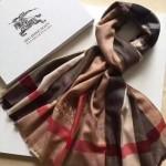 Lvaaa.tw-05-3 巴寶莉最新款棕色鑽石紋大格子刺繡長款圍巾