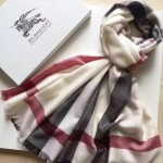 Lvaaa.tw-05-2 巴寶莉最新款卡其色鑽石紋大格子刺繡長款圍巾