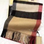 Lvaaa.tw-011 巴寶莉經典款駝色大格子羊絨披肩圍巾