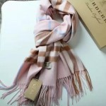 Lvaaa.tw-04-2 巴寶莉人氣經典款粉色格子純山羊絨長款圍巾