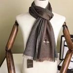 GUCCI圍巾-42-02 古馳秋冬新款經典格紋搭配小蜜蜂羊絨材質情侶款圍巾