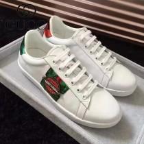 GUCCI鞋子-015-3 古馳早春新款上市嘴唇鑲鑽紅綠織帶情侶休閒鞋
