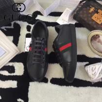 GUCCI鞋子-015-4 古馳早春新款上市鱷魚皮綠尾紅綠織帶情侶休閒鞋
