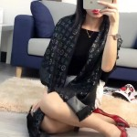 LV圍巾-11-02 人氣熱銷時尚經典款蔡依林同款方巾