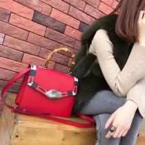 GUCCI 443683-3 時尚復古Lilith蛇皮滾邊配紅色全皮竹節手腕手提單肩包