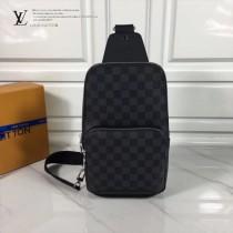 LV N41719 休閒男士Avenue黑色棋盤格原版皮單肩包胸包