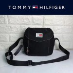 TOMMY HlLFlGER-004-4 時尚百搭黑色尼龍面料單肩斜挎包