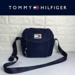 TOMMY HlLFlGER-004-2 時尚百搭藍色尼龍面料單肩斜挎包