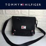 TOMMY HlLFlGER-0012 專櫃最新款男士防水面料單肩斜挎包