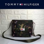TOMMY HlLFlGER-0012-4 專櫃最新款男士防水面料單肩斜挎包