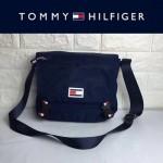 TOMMY HlLFlGER-0012-3 專櫃最新款男士防水面料單肩斜挎包