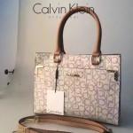 Calvin Klein-013 手提單肩字母通勤包全身CK字母是CK家族經典標誌進口專用PVC
