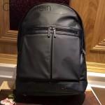 Calvin Klein-001 專櫃經典款男士防水面料配皮雙肩包書包