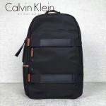 Calvin Klein-0040 休閒男士必備尼龍防水面料雙肩包書包
