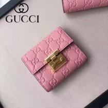 GUCCI-453155 時尚潮流新款全皮壓花粉色女士短夾