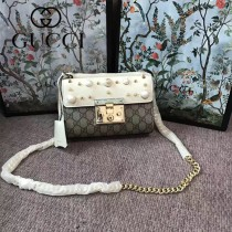 GUCCI 409487-013 新款女士Padlock珍珠系列PVC配白色皮單肩斜挎包