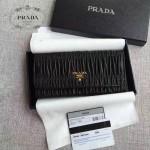 PRADA 1MH132-6 新款女士Gaufré黑色原版皺褶羊皮搭扣長款錢包