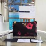 Prada-1M2601 最新款潮流玫瑰花料女士手拿包