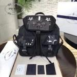 Prada-1BZ811 最新專櫃機器人黑色防水尼龍料銀色五金配件原裝十字紋配皮背包