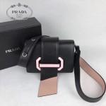 PRADA 1BD067-2 楊冪同款黑色原版牛皮配樹脂扣單肩斜挎包