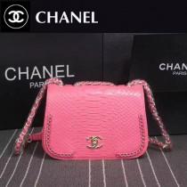 CHANEL 8105-2 專櫃走秀款粉色進口蟒蛇紋牛皮單肩斜跨包