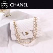 CHANEL 0562-6 人氣經典款CF V字型白色進口鹿紋皮金扣單肩斜跨包