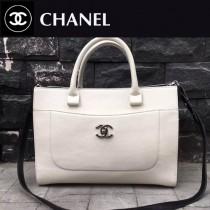 CHANEL-027 新款標誌性雙C扣醒目logo鎖扣適合春夏拼色黑白手提包通勤包