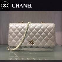 CHANEL-025-2 經典口蓋款帶人造珍珠鏈新款銀灰色單肩斜挎包
