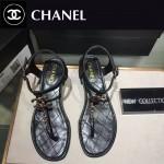 CHANEL鞋子-009-4 時尚新款進口小牛皮雙C扣平底夾趾涼鞋