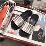 Dior鞋子-001 迪奧春夏新款銀色LOGO平底拖鞋一字拖
