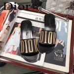 Dior鞋子-001-2 迪奧春夏新款金色LOGO平底拖鞋一字拖